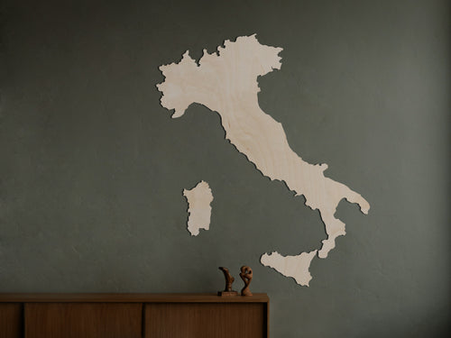 WOODEN MAP / MODERN DECO/ woonkamer / wonen / trendy / stijl / holidays / op reis / decor / travel / voor reiziger HOUTEN WANDDECORATIE / WOODEN WALL DECORATION - MUURDECORATIE / WALL ART - LANDKAART ITALIË / COUNTRY MAP ITALY - LICHT HOUT / NATURAL WOOD - WANDFIGUUR ITALIA - CADEAU / GIFT / GESCHENK