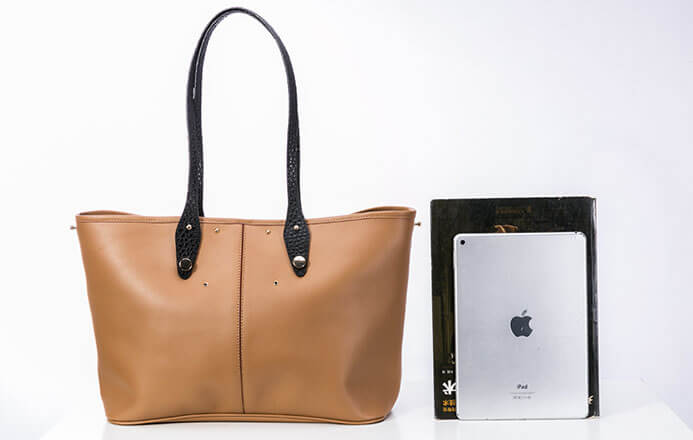 a293aa60429a Womens Leather Tote Bags