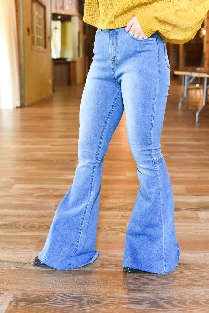 Amanda High Rise Flare Jeans in Light Wash
