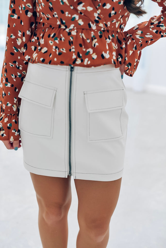 Everyday Chic White Leather Skirt