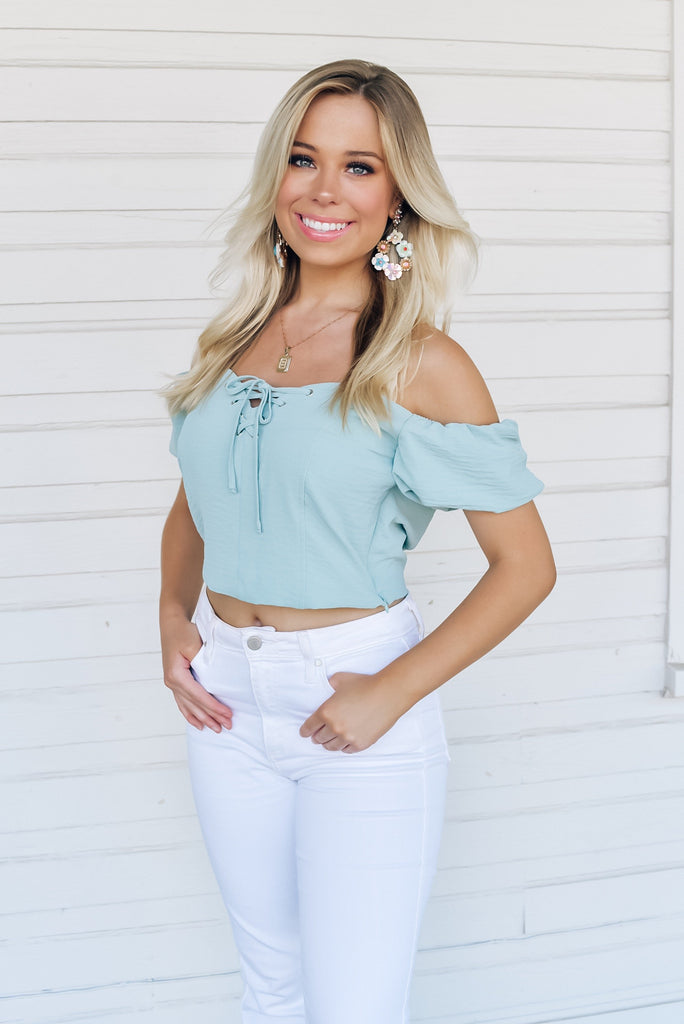Follow My Lead Puff Sleeve Top in Mint