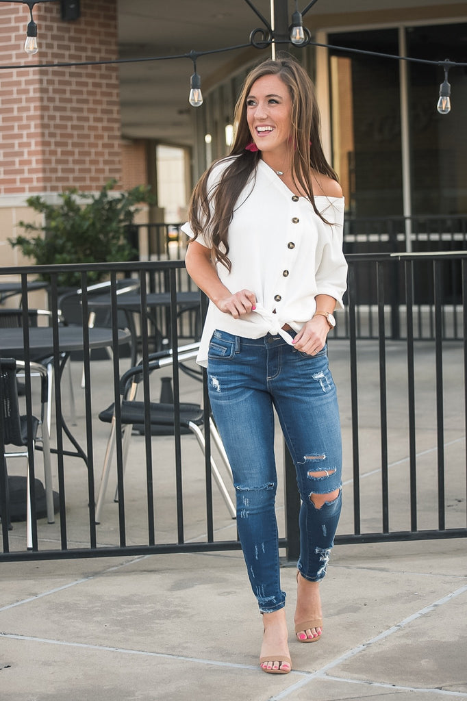 Forever Favorite Knotted Top in White
