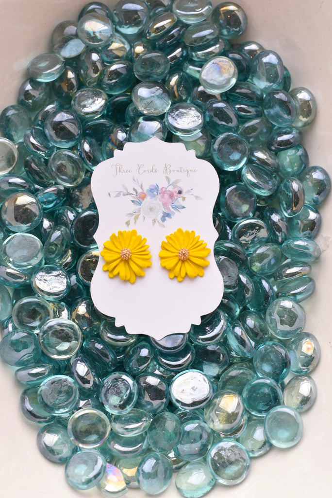 Sunny Days Flower Post Earrings