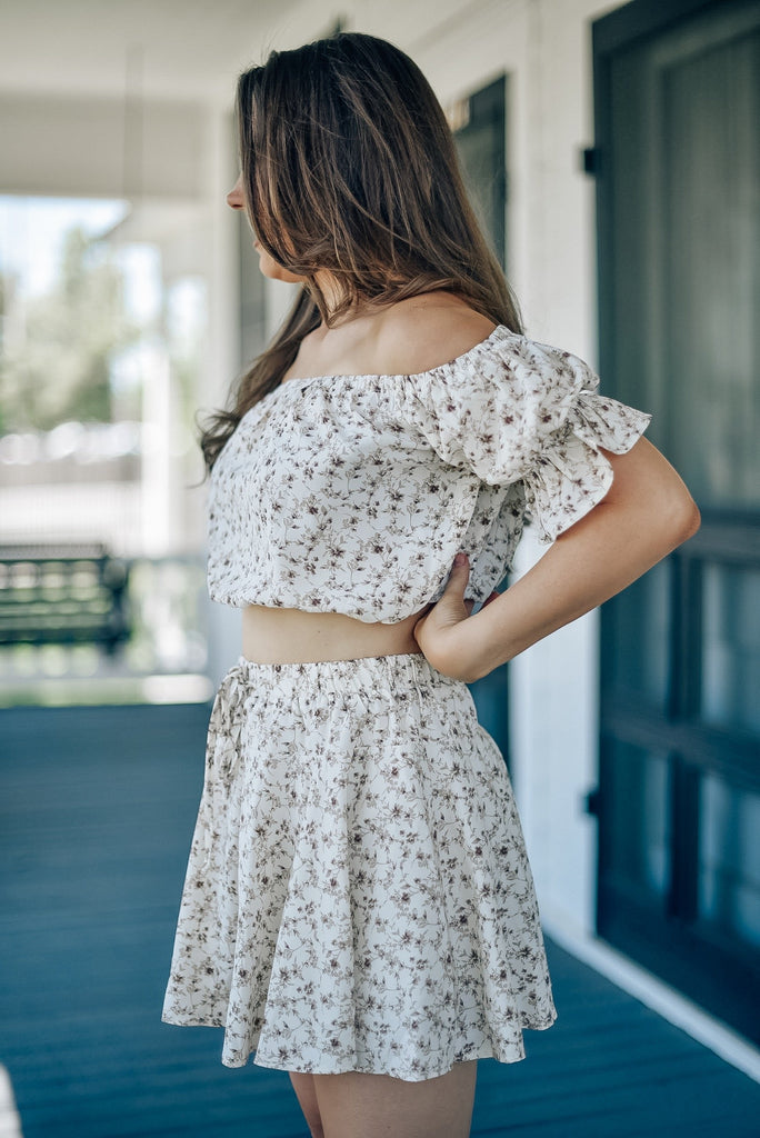 Warmer Days Floral Top in Cream
