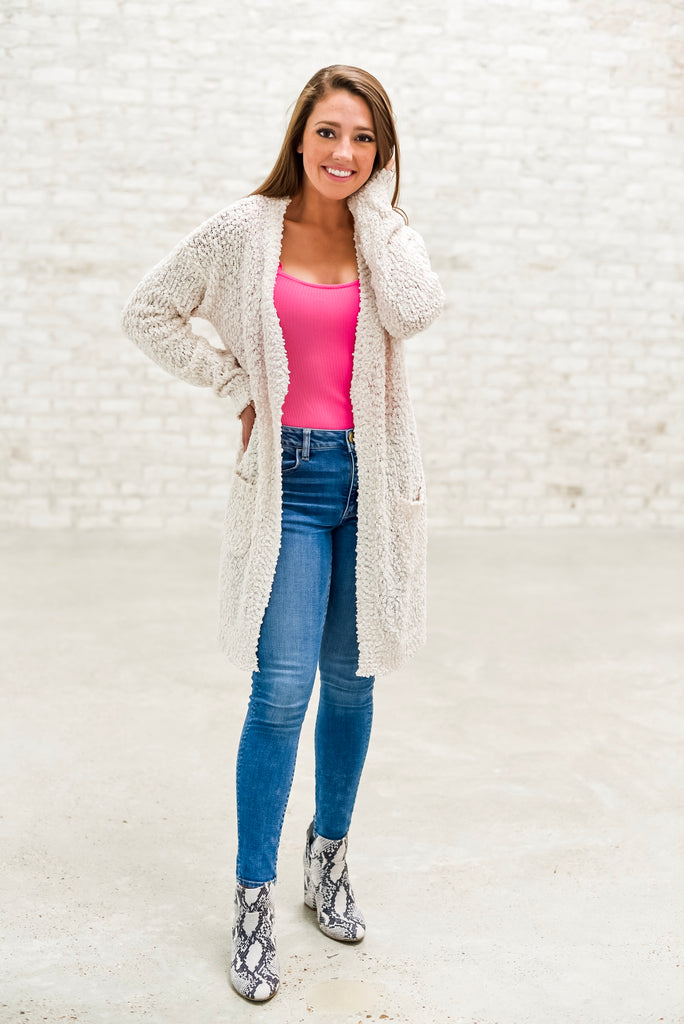 Weekend Campfires Popcorn Cardigan in Cream