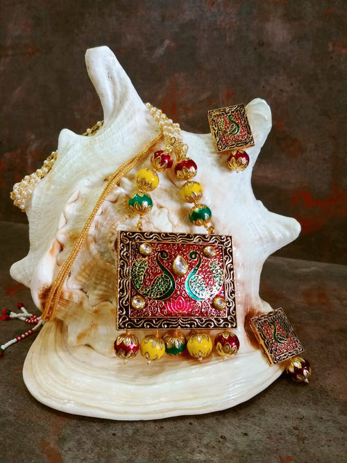 White Meenakari Design Jewellery Set