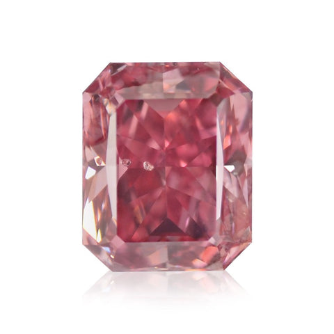 "Fancy Vivid Pink ""Radiant Cut"" diamant på 0,70 carat"