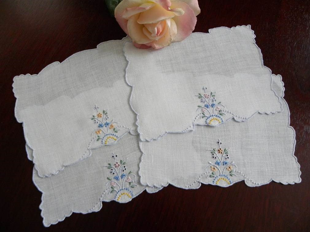 Vintage Embroidered Madeira Petite Daisy Cocktail or Tea  Napkins - The Pink Rose Cottage