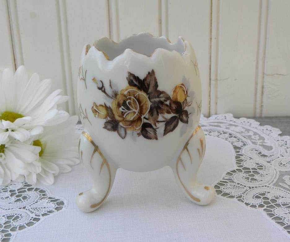 Vintage Yellow Rose Egg Vase - The Pink Rose Cottage