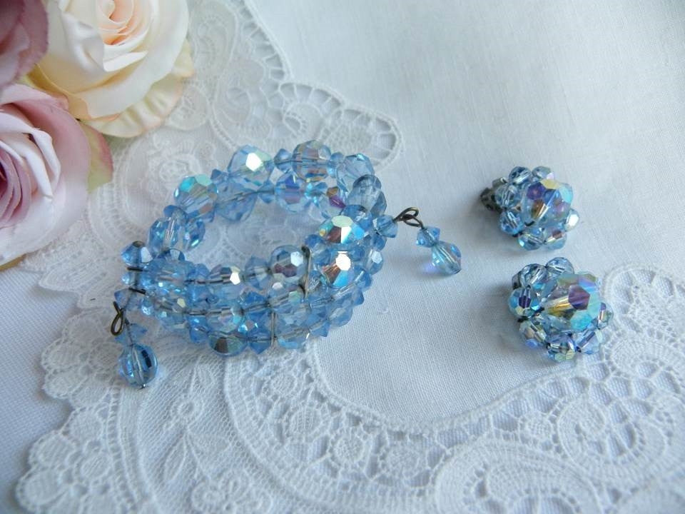 Vintage Blue Crystal Glass Bead Spring Bracelet and Earrings - The Pink Rose Cottage
