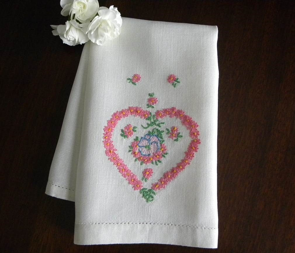 Vintage Embroidered Pink Daisy Heart and Pansy Linen Guest Towel - The Pink Rose Cottage