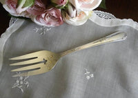 Vintage Wm Rogers Meadowbrook Heather Silver Plate Serving Fork - The Pink Rose Cottage