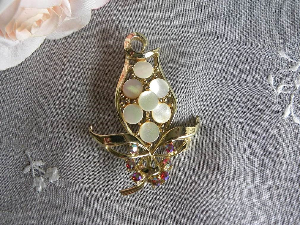 Vintage Mother of Pearl and Rhinestone Tulip Pin Brooch - The Pink Rose Cottage