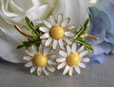 Vintage Weiss Trio of Enameled Daisies Pin - The Pink Rose Cottage