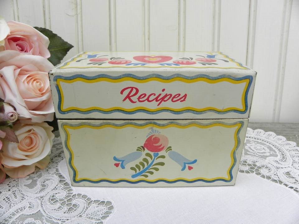 Vintage Ohio Art Tin Hearts and Flowers Recipe Box - The Pink Rose Cottage