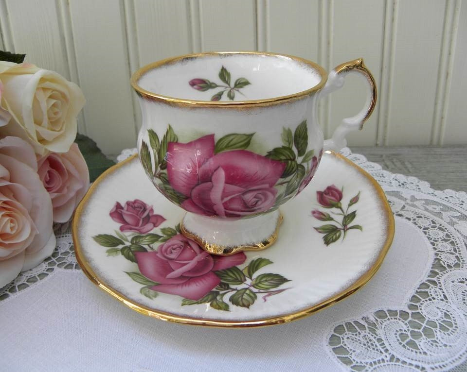 Vintage Elizabethan Deep Pink Rose Teacup and Saucer - The Pink Rose Cottage