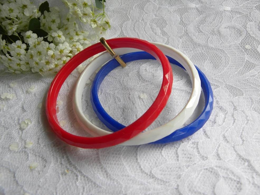 Set of 3 Vintage Red White and Blue Patriotic Bangle Bracelets - The Pink Rose Cottage