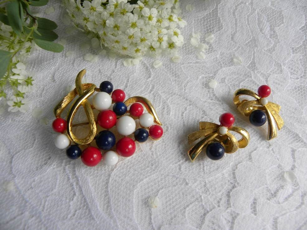 Vintage Patriotic Red White and Blue Pin and Earrings Set - The Pink Rose Cottage