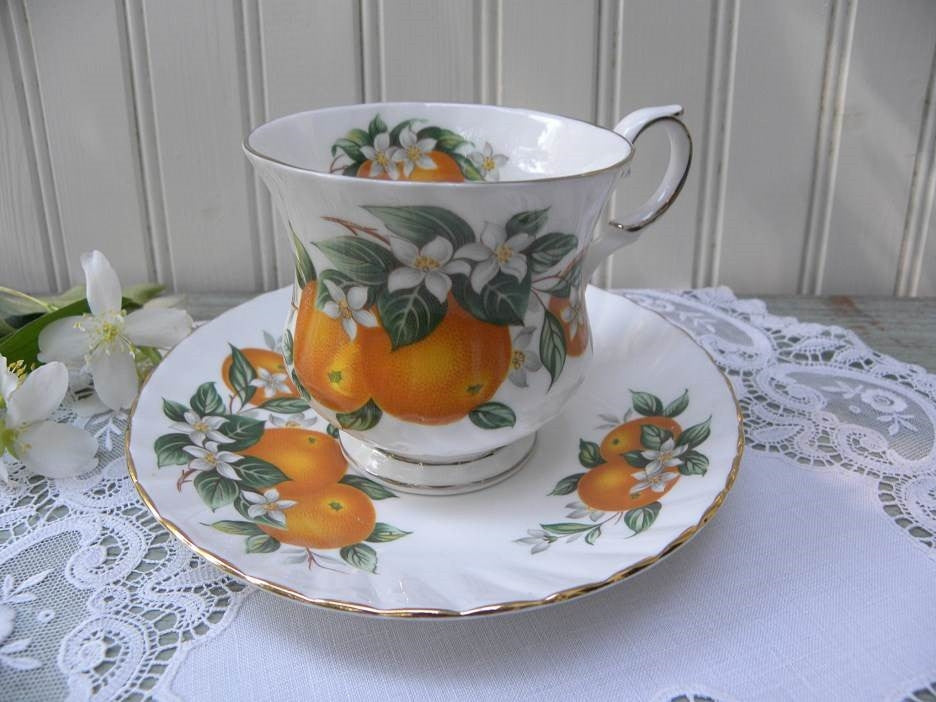 "Vintage Elizabethan ""Florida Oranges"" Teacup and Saucer - The Pink Rose Cottage"