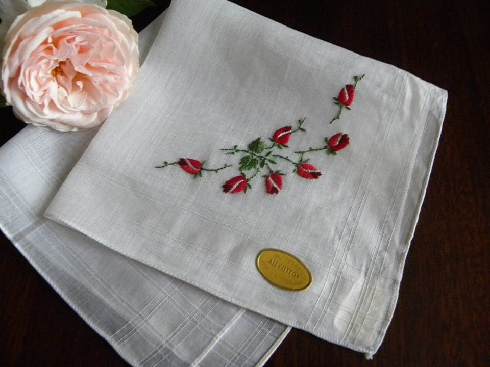 Vintage Tagged Handkerchief with Embroidered Red Rosebuds - The Pink Rose Cottage