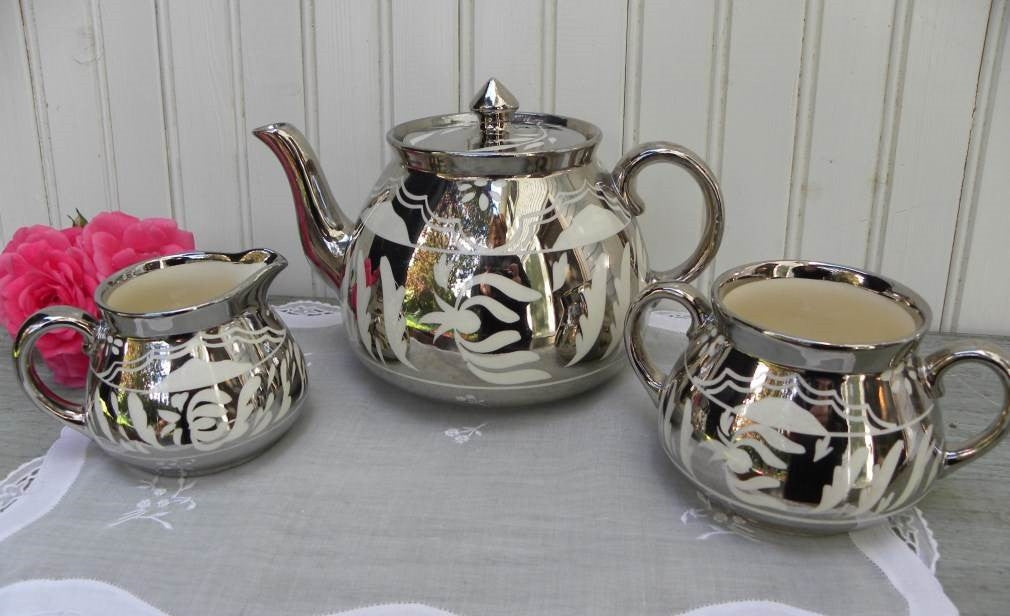 Vintage Gibsons Teapot Sugar and CreamerTea  Set - The Pink Rose Cottage