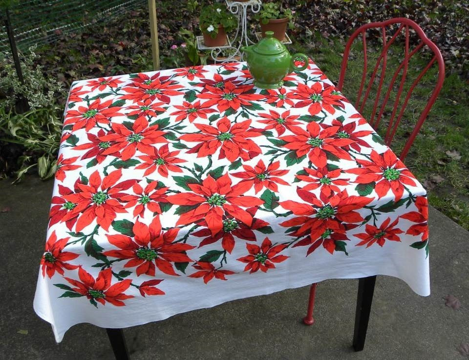 Vintage Bright And Colorful Christmas Poinsettia Tablecloth
