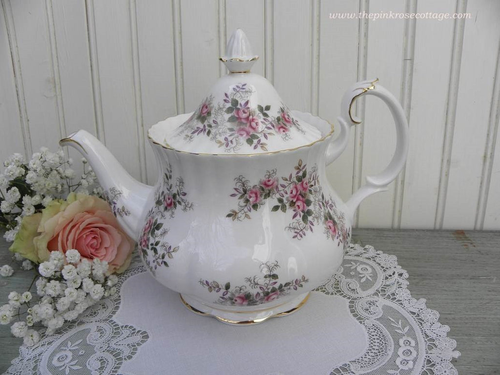 "Vintage Royal Albert ""Lavender Rose"" Large Teapot - The Pink Rose Cottage"