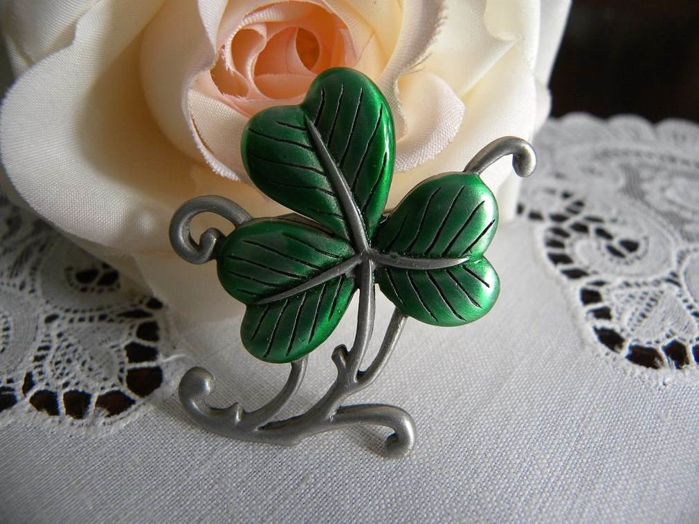 Vintage J.J. St. Patrick's Day Shamrock Pin Brooch - The Pink Rose Cottage