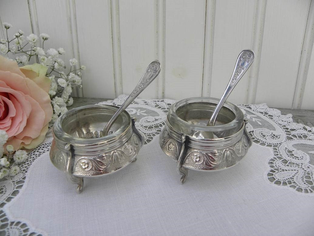 Pair of Vintage Yummet Hommet Russian Silver Salt Cellar Dips with Spoons - The Pink Rose Cottage