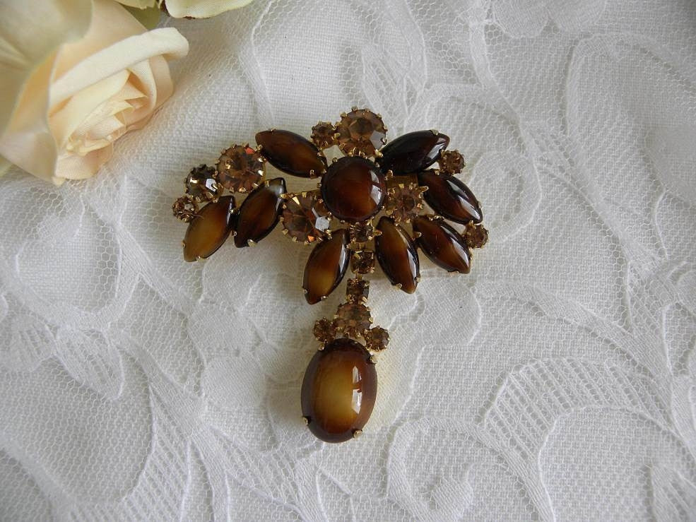 Vintage Amber and Brown Rhinestone Teardrop Brooch Pin - The Pink Rose Cottage
