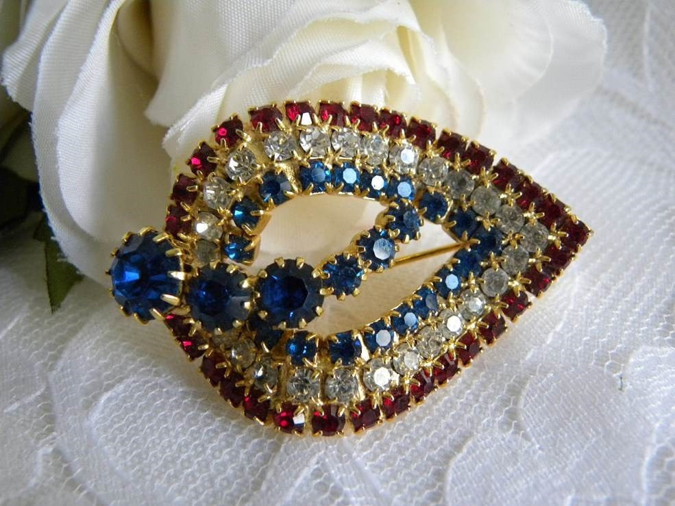 Vintage Red White and Blue Patriotic Rhinestone Pin Brooch - The Pink Rose Cottage