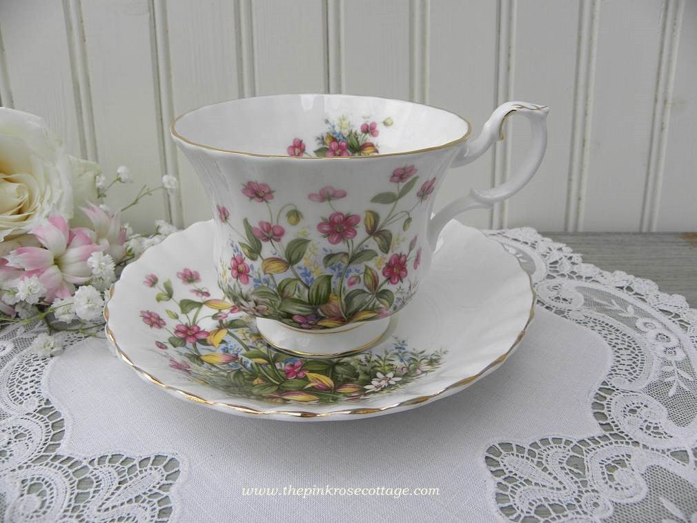 "Vintage Royal Albert Sunnyside Series ""Michele"" Teacup and Saucer - The Pink Rose Cottage"