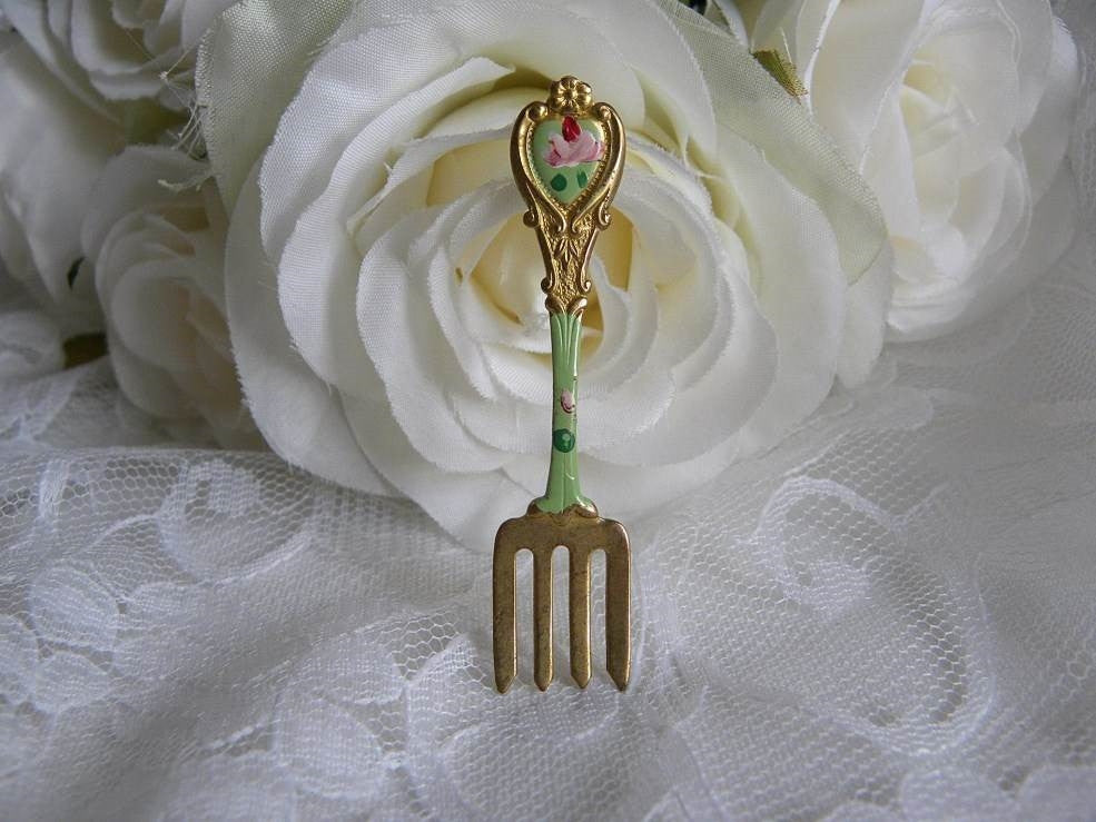 Vintage Hand Painted Dinner Fork with Pink Roses Pin Brooch - The Pink Rose Cottage