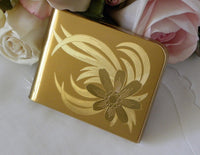 Vintage Elgin American Ladies Powder Compact with Etched Daisy - The Pink Rose Cottage