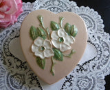 Vintage Hull Rosella Wild Rose Heart Shaped Wall Pocket - The Pink Rose Cottage