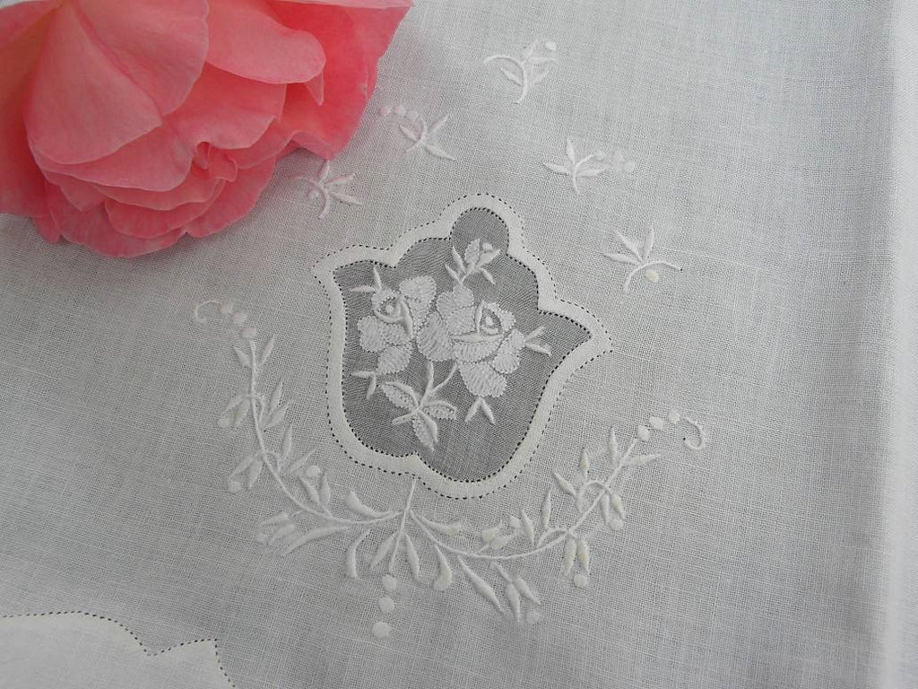Vintage White Rose Linen Embroidered Madeira Guest Towel - The Pink Rose Cottage