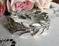 Vintage Trifari Silver Tone Bracelet - The Pink Rose Cottage