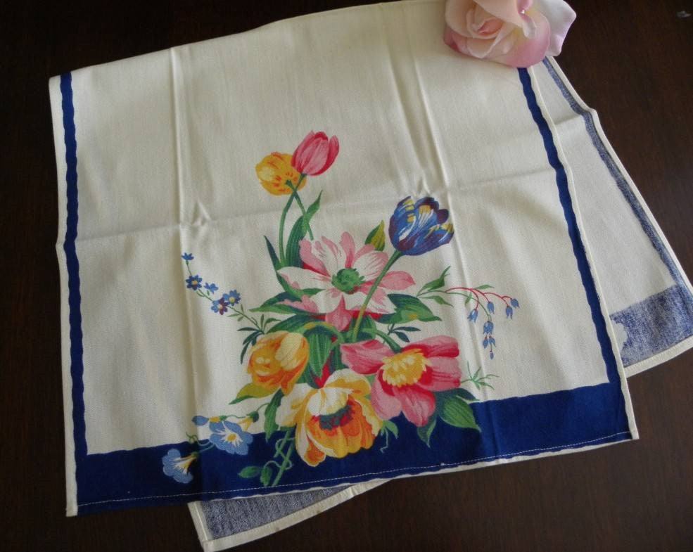 Unused Wilendur Tulip and Daisy Bouquet Tea Towel - The Pink Rose Cottage