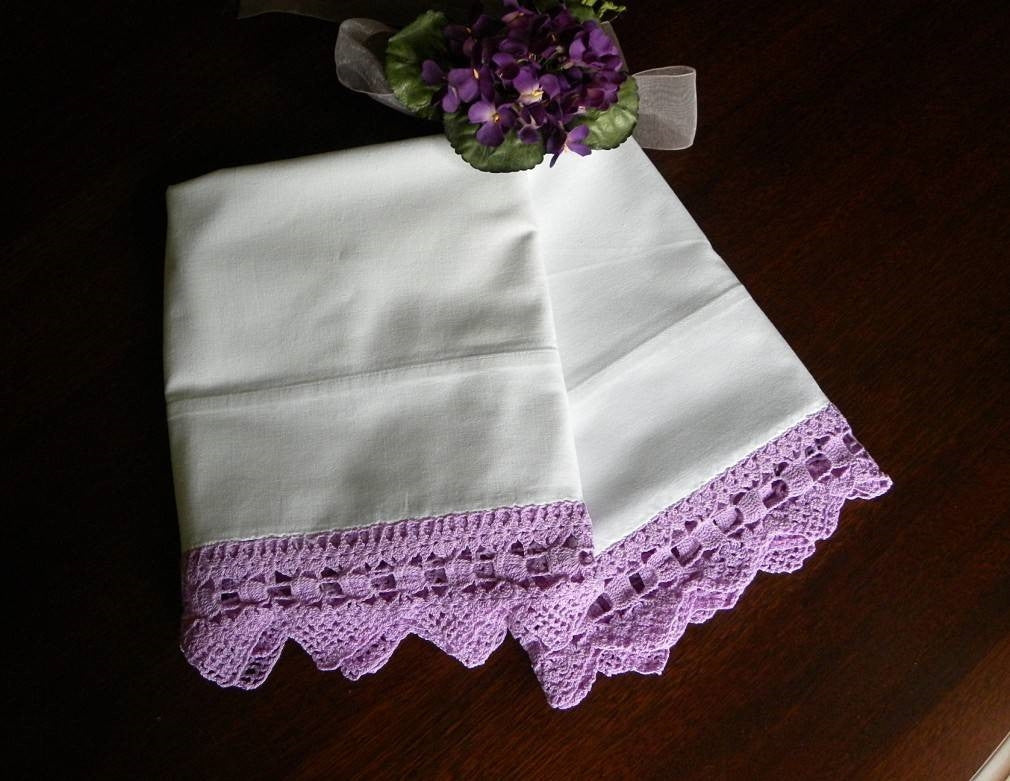 Vintage Purple Crocheted Lace Trim Pillowcases - The Pink Rose Cottage
