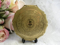 Vintage Stratton Gold Etched Powder Compact - The Pink Rose Cottage