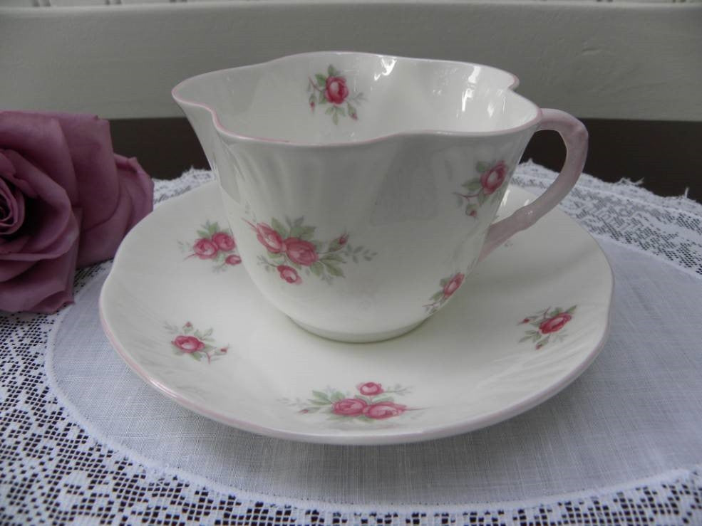 "Vintage ""Sweetheart Rose"" Petite Pink Roses Teacup and Saucer - The Pink Rose Cottage"