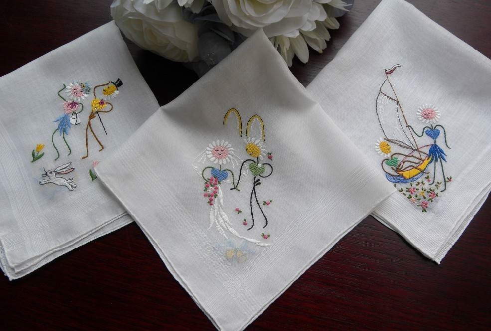 3 Vintage Anthropomorphic Daisy Wedding and Honeymoon Handkerchiefs - The Pink Rose Cottage