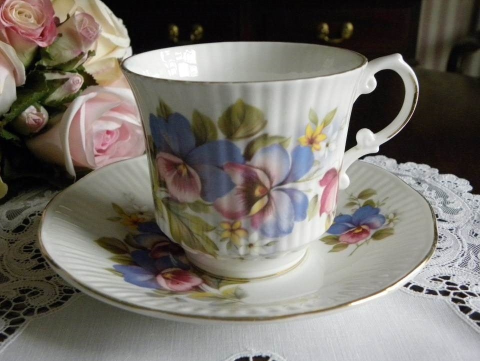 Vintage Royal Dover Pansy Teacup and Saucer - The Pink Rose Cottage