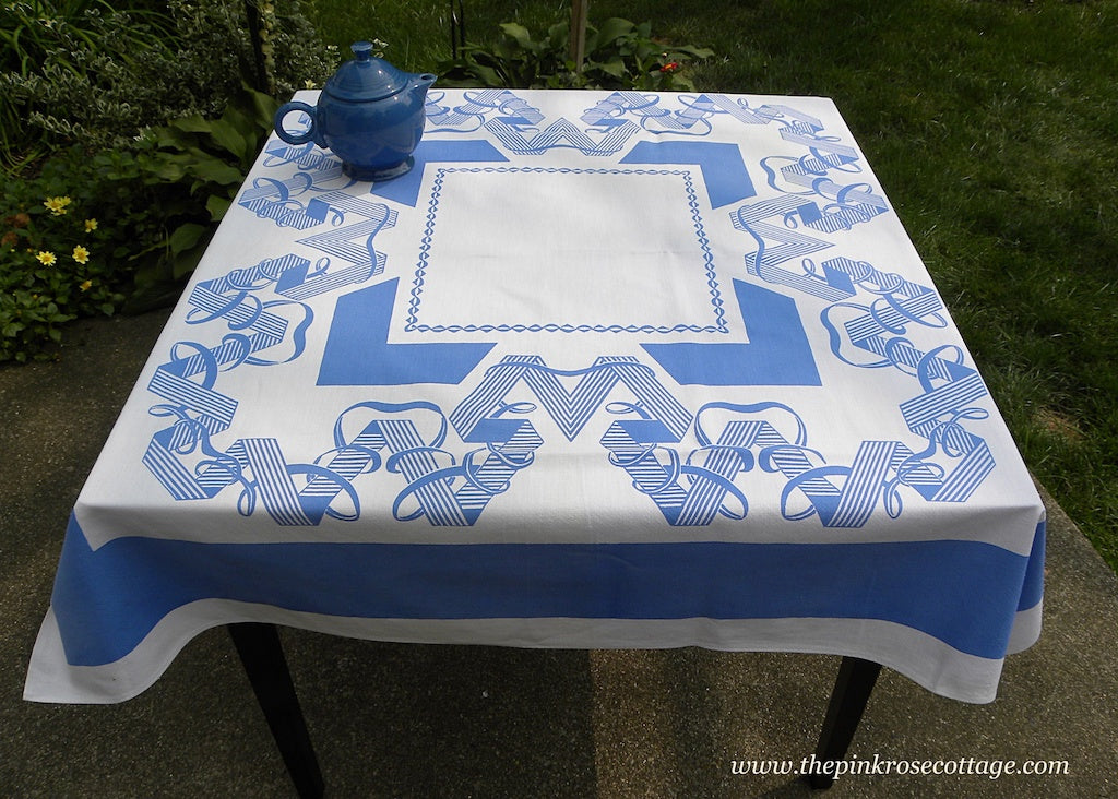 Vintage Rosemary Prints WWII V is for Victory Tablecloth in Blue