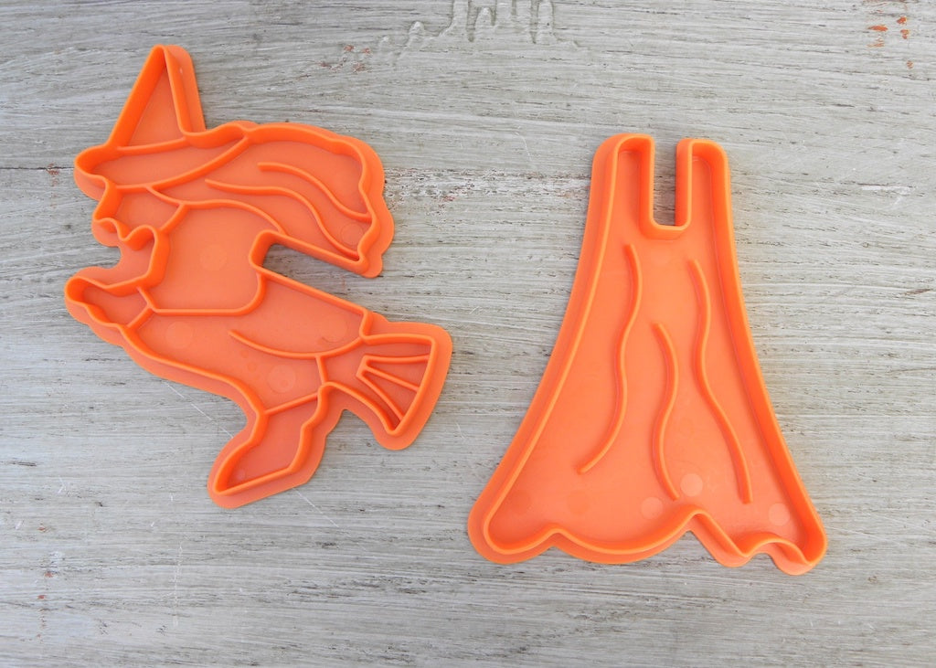 Nordic Ware 3D Halloween Witch Cookie Cutter - The Pink Rose Cottage