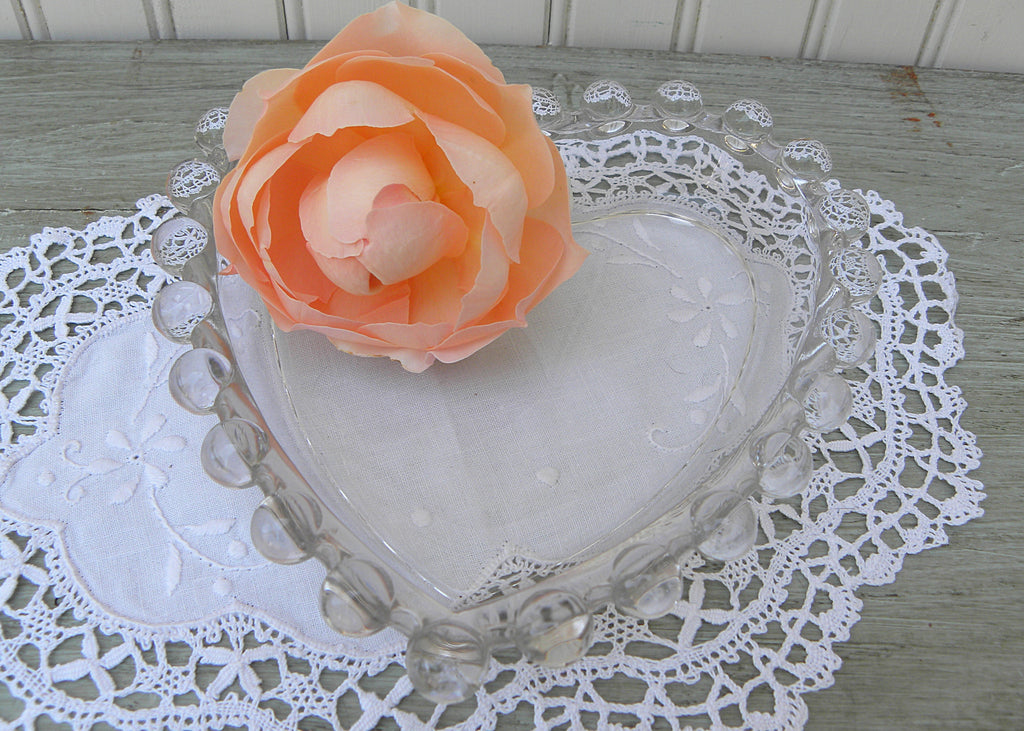 Vintage Imperial Candlewick Heart Shaped Glass Trinket Candy Dish