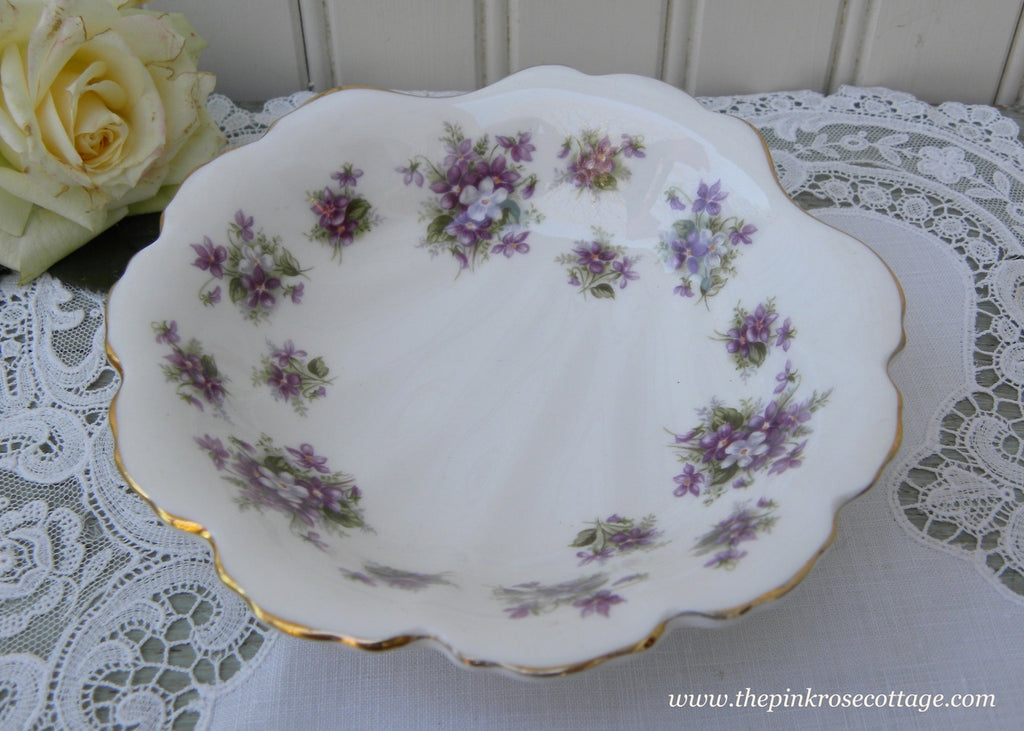 Vintage Royal Albert Sweet Violets Shell Shaped Candy Bowl Dish