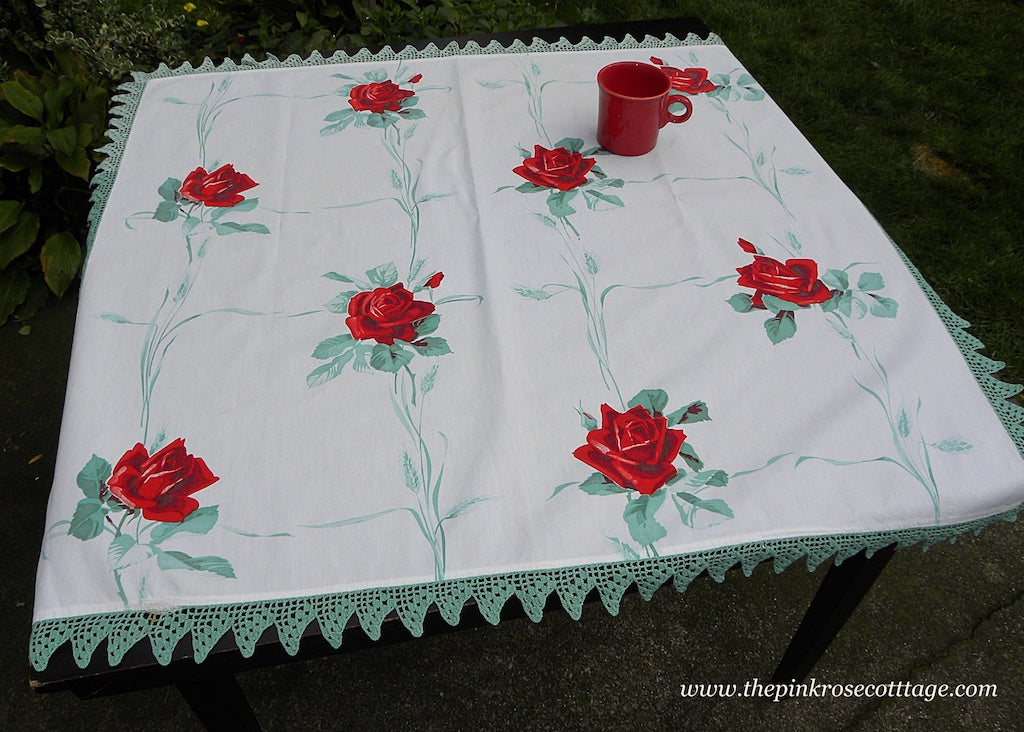 Vintage Wilendur American Beauty Red Roses Tablecloth with Hand Crocheted Edge