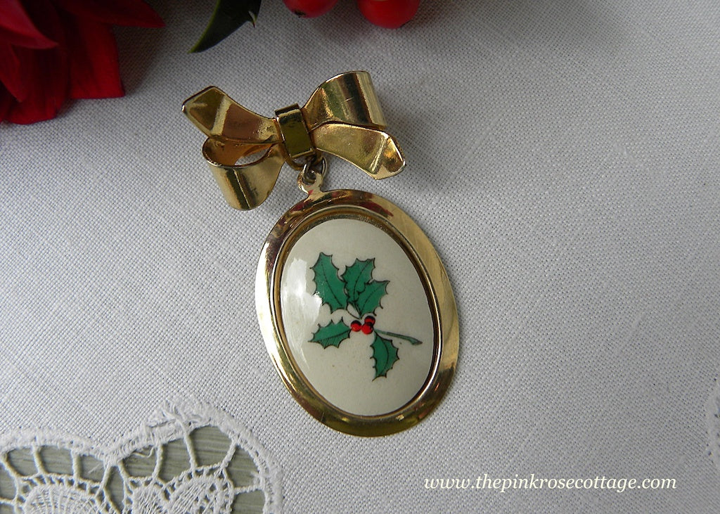Vintage Christmas Bow with Holly Berry China Pendant Pin Brooch