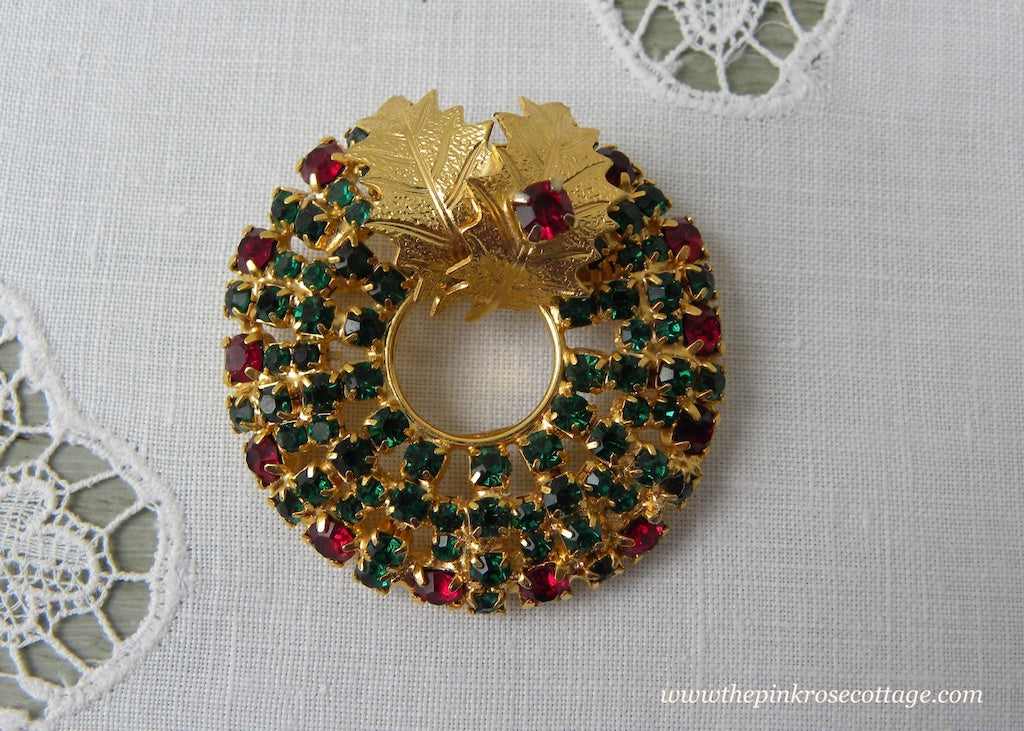 Vintage Rhinestone Christmas Wreath and Holly Brooch Pin